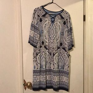 Dress paisley print NWT